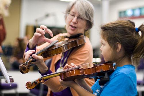 The Violin Book 1: Beginning Basics